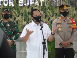 Kunjungi Bekasi, Mendagri: Anggaran Pengendalian Pandemi Covid-19 Segera Direalisiasikan