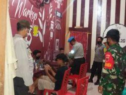 Pimpin Patroli Skala Besar, Kapolsek Liliriaja imbau warga Taat Prokes