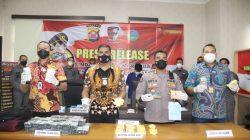 Polda Banten Sita 24.000 obat-obatan daftar G saat Patroli PPKM
