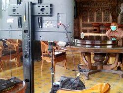 Positif Covid-19, Gubernur Rusli Habibie Tetap Berdiri Kokoh di Barisan Terdepan