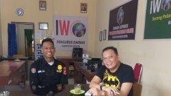 Paur Humas Polres Soppeng Silaturahmi ke Ketua IWO