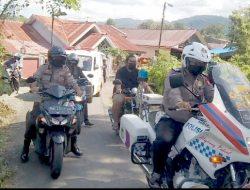 Jamin Kamseltibcar lantas, Satlantas Polres Soppeng lakukan pengawalan Jenazah Warga ke Pemakaman
