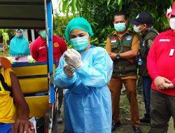 Mobil Vaksin BIN Door To Door Layani Warga di Desa Beringin Deli Serdang